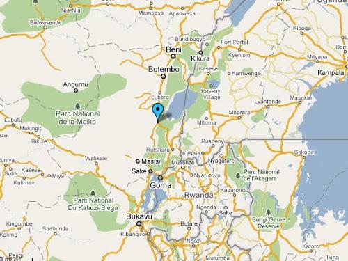 En point bleu, la cité de Kanyabayonga, en territoire de Lubero, au Nord-Kivu (RDC)